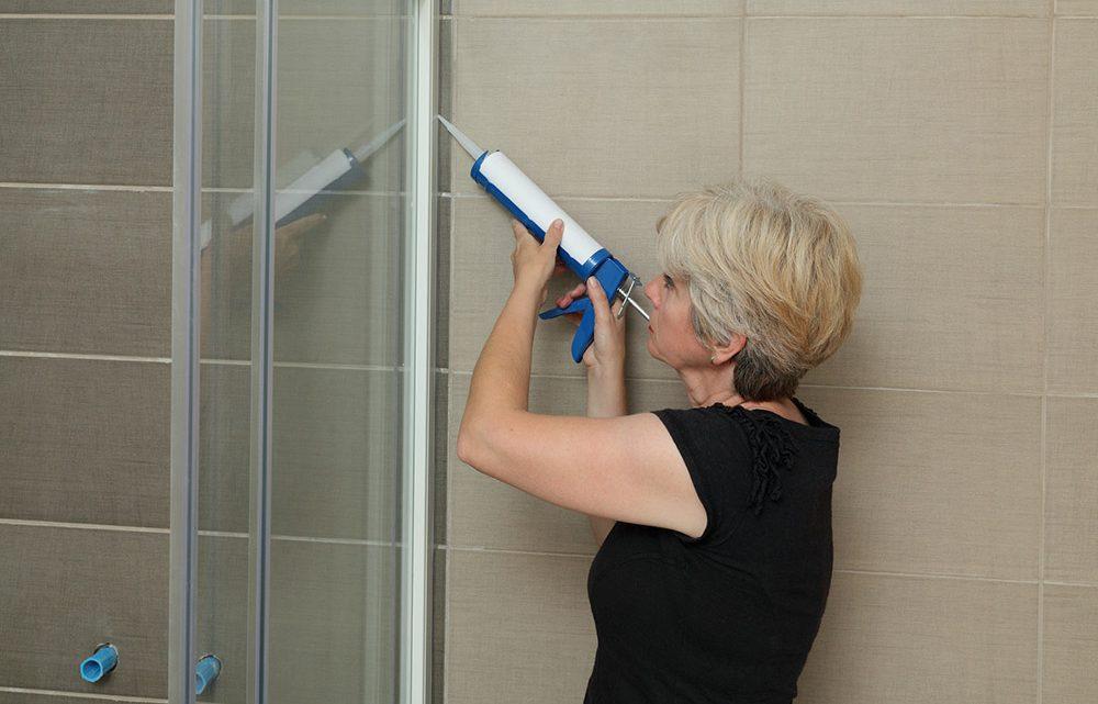 Comment Faire les joints de sa douche ?